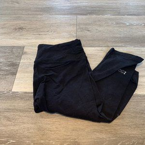 SPLITS 59 BLACK CAPRI LEGGINGS SZ XS